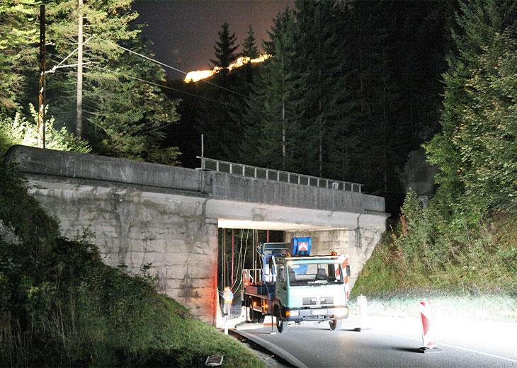Systemmessung Stahlbeton-Trogbrücke